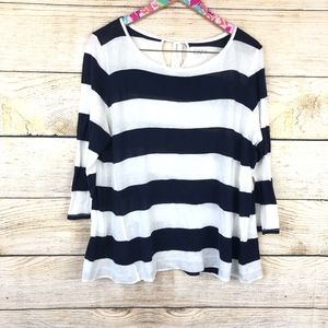 LOFT Tops - LOFT striped lightweight top size L // B15